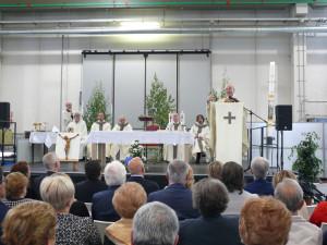 messa-col-vescovo-01