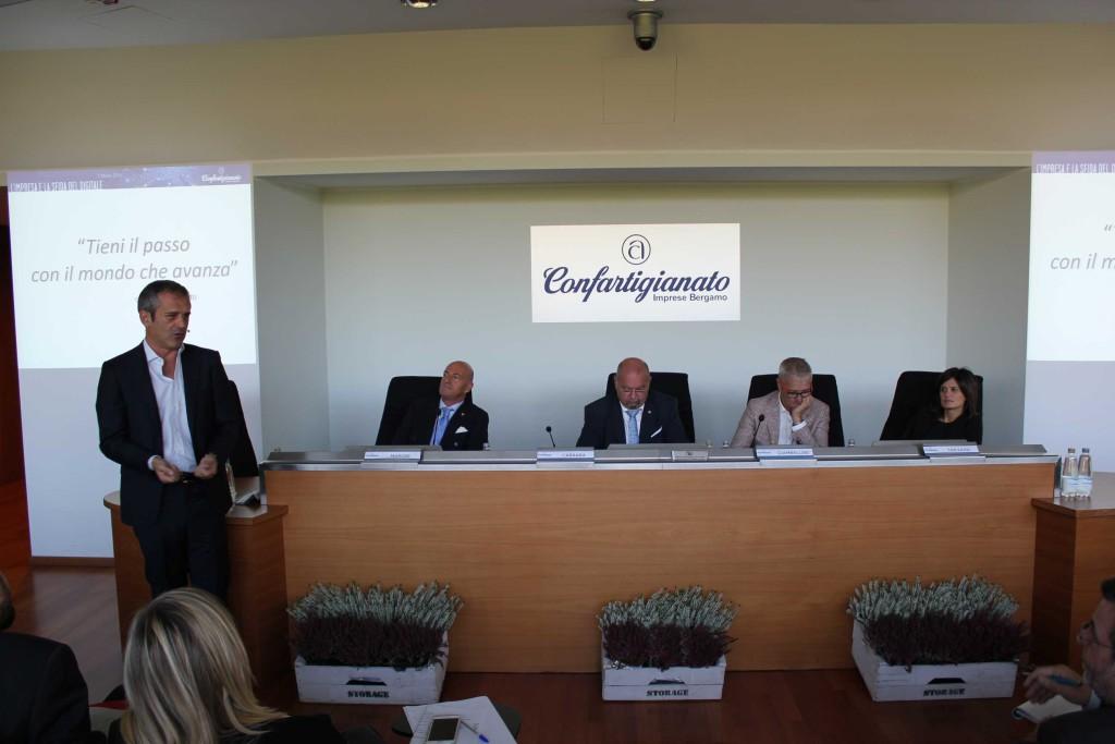 ConferenzaOrganizzativa 2016-sfida digitale (12)