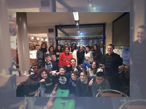EVID_Education_studenti in croissanteria