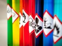 EVID_etichette liquidi pericolosi attenzione rischio chimico